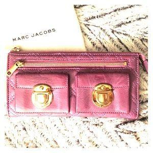 Marc Jacobs Zip Clutch